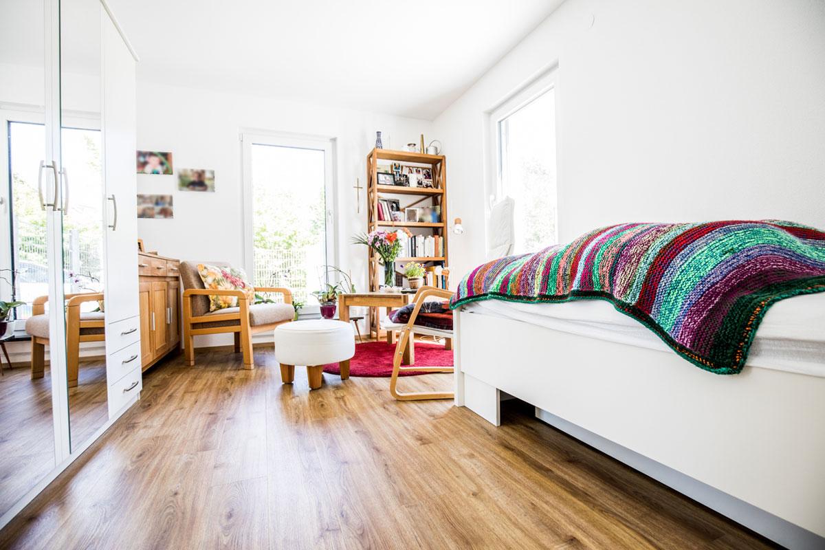 einblicke in die neue senioren wg illersenio. Black Bedroom Furniture Sets. Home Design Ideas